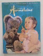 Publicité PLV Layette Harmelaine Chaude, Douce Et Moelleuse Comme Le Plus Fin Duvet - Paperboard Signs