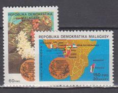 MADAGASCAR       1987      N .     800 / 801     COTE   3 , 00    EUROS         ( S 352 ) - Madagascar (1960-...)