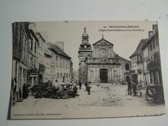 53 MONCONTOUR DE BRETAGNE  L Eglise De  St Mathurin Et Place Penthiévre - Moncontour