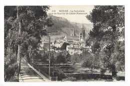 MENDE  (cpa 48)  La Cathédrale Vue De L'entrée De L'allée Piencourt -   - L 1 - Mende
