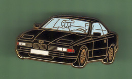 BMW *** NOIRE  FOND BLEU CLAIR *** Signe Arthus BERTRAND *** A001.... - Arthus Bertrand