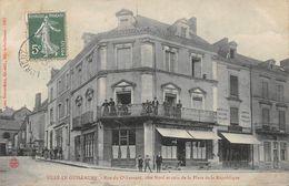 SILLE LE GUILLAUME - Rue Du Commandant Levrard Et Coin De La Place De La République - Sille Le Guillaume