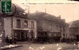 Cantal - St Martin Valmeroux - Arrivée De L'Autobus - Frankrijk