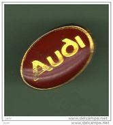 AUDI *** LOGO ROUGE *** A002... - Audi