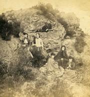 France Fantaisie Portrait De Groupe Féminin Sur Des Rochers Ancienne Photo Stereo 1865 - Stereoscopic