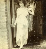 Royaume Uni Fantaisie Portrait Féminin Femme Et Oiseau Ancienne Photo Stereo 1900 - Stereoscopic