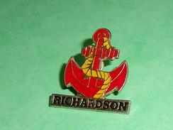 Pin's / Bateaux : Ancre , Richardson   TB2U - Boats