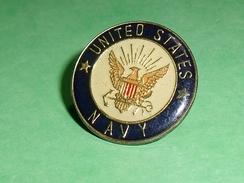 Pin's / Bateaux : Navy , United States   TB2U - Boats