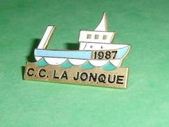 Pin's / Bateaux : Bateau , Voilier , C.C. La Jonque ,  1987    TB2U - Boats