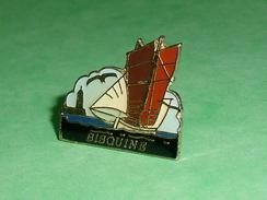 Pin's / Bateaux : Bateau , Voilier , Bisquine   TB2U - Boats