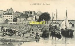24 Bergerac, Les Quais, Superbes Gabares Amarrées, Charrette Et Tonneaux.... - Bergerac