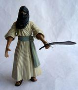 FIGURINE INDIANA JONES - RAIDERS OF THE LOST ARK - HASBRO 2008 - CAIRO HENCHMAN (1) - Figurines