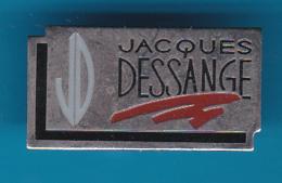 52774-Pin's.Coiffeur Jacques Dessange. - Celebrities