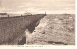 (59) Nord - CPA - Dunkerque - La Jetée Par Gros Temps - Dunkerque