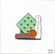 Pin's Sport - Bowling / Club Des Egoutiers De Strasbourg (67). Non Estampillé. Métal Peint. T562-22 - Bowling