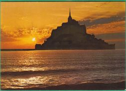 50 - Le Mont Saint Michel Au Soleil Couchant - Editeur: Jack N°3927 - Le Mont Saint Michel
