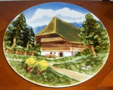 Plat / Assiette Murale / Décor Chalet Forêt / Faïence MAJOLIKA SMF SCHRAMBERG  Xanègemalt N° 59 - Ceramics & Pottery
