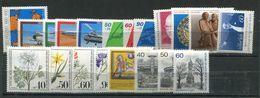 Allemagne Berlin** Annnée 1980 - 0912B - Sammlungen (ohne Album)