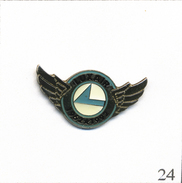 Pin's Aviation - Cie Luxembourgeoise Luxair. Non Estampillé. Epoxy. T563-24 - Airplanes
