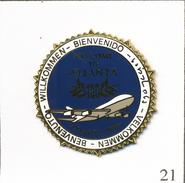 Pin's Aviation - Aéroport D'Atlanta Pour Les J.O 1996 / Bienvenue. Non Estampillé. Zamac. T563-21 - Airplanes