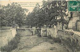 - Dpts Div.-ref-WW541- Eure Et Loir - Traineau Par Chateauneuf En Thymerais -vue Sur Fosses Du Chateau - Chateaux -etat - Autres Communes