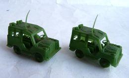 RARE  ATLANTIC Réf ? 1/72 2 Ambulances De Campagne Atlantic Type LAND ROVER - No Airfix Matchbox Esci .. Ambulance - Army