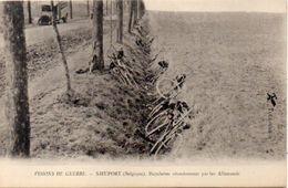 Visions De Guerre - NIEUPORT - Bicyclettes Abandonnées Par Les Allemands  - Militaria ..;(101472) - Sin Clasificación