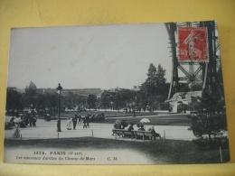 B14 3535 CPA - PARIS - LES NOUVEAUX JARDINS DU CHAMP DE MARS - C.M. 1478 - ANIMATION (+ DE 20000 CARTES DE MOINS 1€ - Parks, Gardens