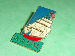 Pin's / Bateaux : Voilier , Duquesne      TB2U - Boats
