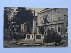 JODOIGNE «Place De La VICTOIRE,le Monument «statue,Café À DUPONT -PIERSON Tabacs &cigares(NELS)1927. - Jodoigne
