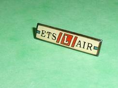Pin's / Avions  :  Ets L  AIR    TB2U - Airplanes