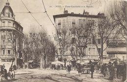 CPA Nice Place Gambetta Et Le Marché - Places, Squares