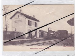 Louvemont (52) La Gare (son Chef De Gare )(et Train Entrant En Gare) - Non Classés