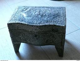 Empire Ottoman Tunisie Fin XIXe - Coffret De Mariage à Parfums Plaqué D'argent - Oriental Art