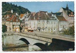 AUBUSSON --env 1962-65--Le Pont Sur La Creuse,au Fond La Tour De L'Horloge--timbre--cachet  AUBUSSON-23 - Aubusson