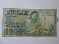 Madagascar 10000 Francs 1988-1994 Banknote - Madagascar