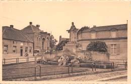 WUUSTWEZEL - H. Hartbeeld - Gedenkmaal Der Gesneuvelden En Oudheidkundig Museum - Wuustwezel