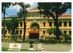 Viet-Nam--SAIGON  HOCHIMINH CITY   -- Le Bureau Central Des Postes (petite Animation , Pub Cognac Hennessy ) - Vietnam