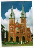 Viet-Nam--SAIGON  HOCHIMINH CITY   -- Notre Dame De Saigon (petite Animation , Moto ) - Vietnam