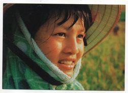Viet-Nam--AN TUONG  -- Portrait  De Jolie Fille Du Fleuve Rouge  (beau Plan ) - Vietnam