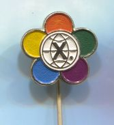 X. Festival Of Students And Youth - Vintage Pin, Badge, Abzeichen - Associations