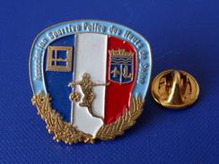 Pin's Police - Association Sportive Police Des Hauts De Seine - Football - Arche De La Défense (KB55) - Police