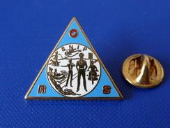 Pin's Police CRS SNIP - Syndicat National Indépendant De La Police - Zamac (KB61) - Police