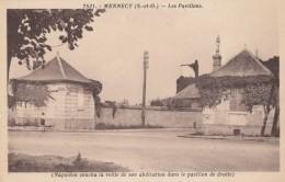CPA - Mennecy - Les Pavillons - Napoléon Coucha La Veille De Son Abdication Dans Le Pavillon De Droite - Mennecy