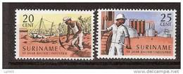 Suriname 468-469 MNH ; 50 Jaar Bauxiet Industrie 1966 - Surinam ... - 1975