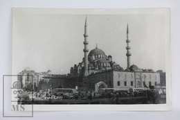 Old Real Photo Postcard Turkey - Istanbul, Yeni Cami - Animated - Old Cars - Posted 1960 - Turquia