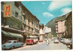 Encamp - Peugeot 403- Vielle Voiture - Bus - Andorra