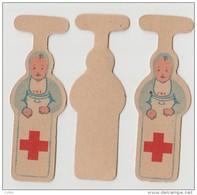 Vintage  2 Cartons Insignes Croix Rouge Française Red French Cross CRF Pour Boutonnière Nourrisson Baby  6x1.5 Cms Mint - Services Médicaux