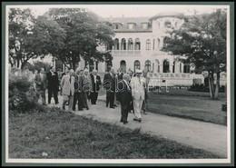 Cca 1949 Rákosi és Georgi Dimitrov, Fotó, Kartonra Ragasztva, 12,5×17,5 Cm - Other Collections