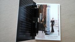 Rare Echantillon Sur Carte  : DELINA Des Parfums De MARLY  Ouvert/fermé - Cartes Parfumées